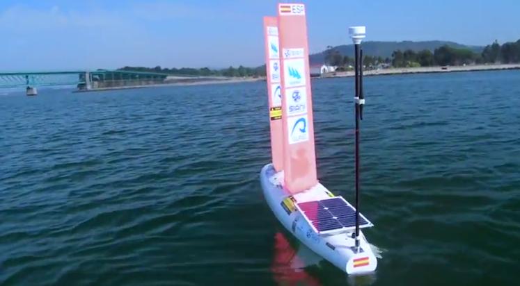 El velero autónomo diseñado por la ULPGC, en el Campeonato del Mundo celebrado este mes en Portugal. /ROC-SIANI