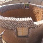 Innovación | ¿Se puede construir una casa con botellas desechables?